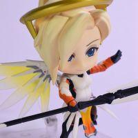Overwatch-Mercy-Nendoroid-790-Classic-Skin-Edition-03