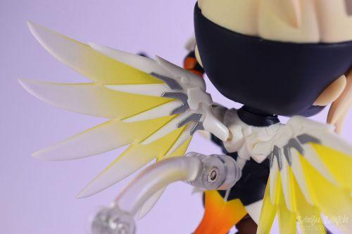 Overwatch-Mercy-Nendoroid-790-Classic-Skin-Edition-18