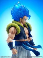Dragon-Ball-Super-SSGSS-Gogeta-Gigantic-Series-Official-Photos-04